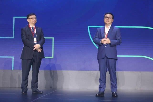 <font>百度</font>宣布与比亚迪联手,计划三年内量产自动驾驶车