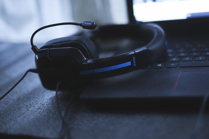 海外优品带来声色体验 TRITTON Kama+耳机评测