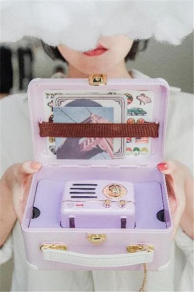 猫王收音机&QQ炫舞联名新品上市:唤醒童年梦幻时代