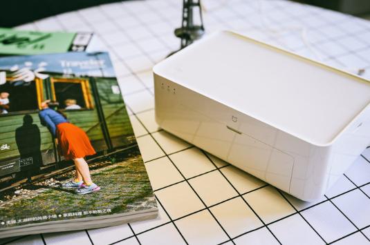 造型时尚简约使用很方便 小米米家照片打印机评测