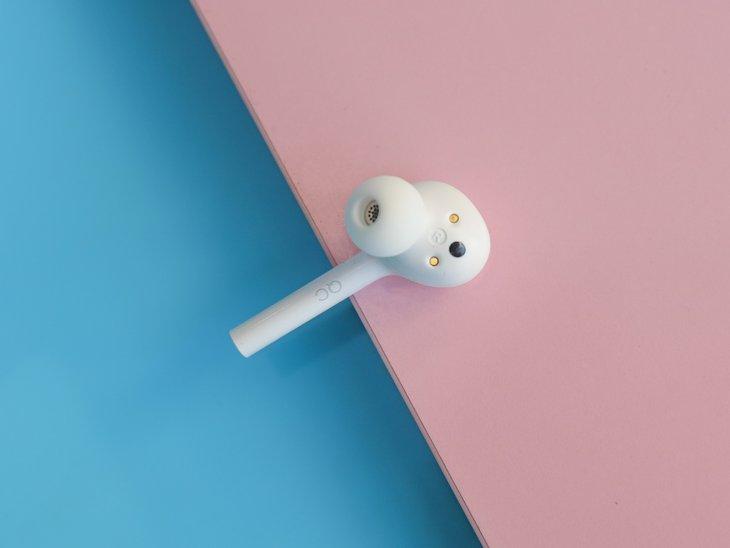 双击交互尽享自由之美 荣耀FlyPods青春版真无线蓝牙耳机评测